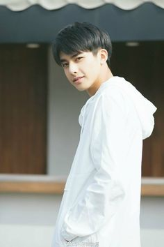 Korean Boys Ulzzang, Ulzzang Boy, Two Block Haircut, Song Wei Long, Asian Hair, Poses, Boy Hairstyles, Haircuts For Men, Handsome Boys