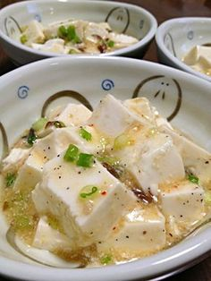 塩麻婆豆腐です。あっさり♪でもにんにくと胡椒が効いたパンチある1品☆