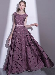 Elegant Print O-neck Sleeveless Hem Prom Dress Sleeves Designs For Dresses, Prom Dresses With Sleeves, Elegant Dresses For Women, Stylish Dresses, Fashion Drawing Dresses, Fashion Dresses, Stitching Dresses, Designer Party Dresses, Frock Design