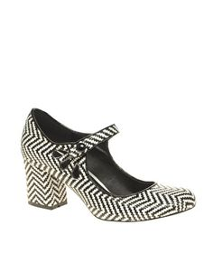 mary jane heel with weave pattern and cut out detail