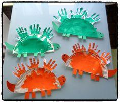 dinosaure en assiette en carton, bricolage enfant