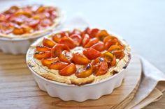 Tarta de tomates cherry y requesón. #Recetas Hojiblanca #Saludables https://www.facebook.com/Hojiblanca