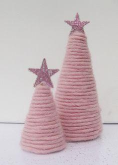 Tannenbaum in rosa - Weihnachtsbaum von kunstbedarf24 auf DaWanda.com