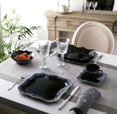 """Classic Glamour: the perfect summary of Luminarc's """"Authentic Silver Black"""" collection!"""