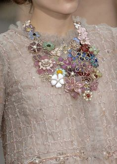 beads & flowers make a gorgeous statement necklace