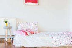 Feliz Home Sprinkle Sprinkle White & Fluoro Pink Organic Cotton Doona Cover | Buy Online