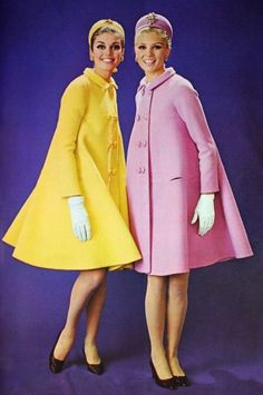 Pastel yellow and pink by Michel Goma for Jean Patou, photo Jacques Rouchon, 1966 classic mid MCM coats pink yellow tent hat shoes models Seventies Fashion, 60s And 70s Fashion, New Fashion, Retro Fashion, Trendy Fashion, Vintage Fashion, Vintage Coat, Mode Vintage, Looks Vintage