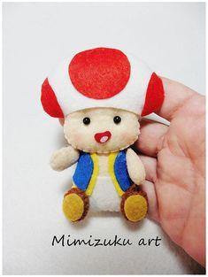 Mario bros felt mobile Mario bros baby mobile baby crib Hama Beads Mario, Perler Beads, Felt Diy, Felt Crafts, Diy And Crafts, Hama Beads Minecraft, Felt Mobile, Mobile Baby, Bolo Do Mario