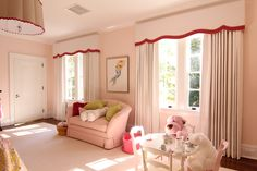 Shaped Cornice with Blackout Drapes