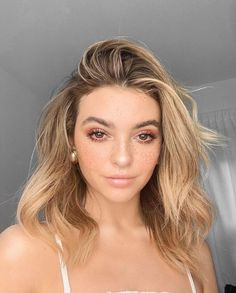Natural Makeup Ideas That Will Leave You Looking Flawless My Hairstyle, Cool Hairstyles, Sandy Hair, Beauty Makeup, Hair Beauty, Blonde Hair Makeup, Kelsey Simone, Rides Front, Makeup For Blondes