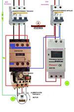 Esquemas eléctricos: motor trifasico comandado con un reloj horario