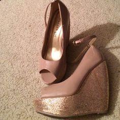 Steve Madden Sparkle Wedges Light pink. Gold sparkles. Ankle star. Peep toe. Size 6.5. Worn once Steve Madden Shoes Wedges