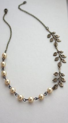 Beautiful necklace: