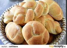 Nejobyčejnější slané těsto se sádlem recept - TopRecepty.cz Kefir, Hamburger, Bread, Brot, Baking, Burgers, Breads, Buns