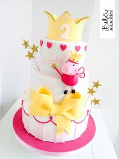 Princess Peppa Pig cake for Victoria's Birthday. Take a look to complete dessert table with cupcakes, cookies and themed sweets in pink and yellow! Peppa Pig Birthday Cake, Birthday Cake Girls, Birthday Parties, 3rd Birthday, Birthday Ideas, Tortas Peppa Pig, Fiestas Peppa Pig, Pippa Pig, Gateaux Cake