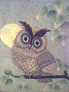 Rug hooking Owl by Laverne Brescia, author of Scrolls Are Easy