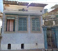 Azulejos antigos no Rio de Janeiro: Santo Cristo III - rua Farnese