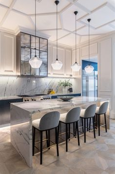202 design was established in 2001 with the vision of creating fine bespoke kitchens, fitted cabinetry and furniture for private clients and design professional Elegant Kitchens, Bespoke Kitchens, White Kitchens, Kitchen Interior, Kitchen Decor, Kitchen Design, Bespoke Furniture, Handmade Furniture, Floor Standing Lamps