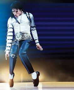 Happy Birthday ♥ Michael  Happy Michael Jackson Day everybody!