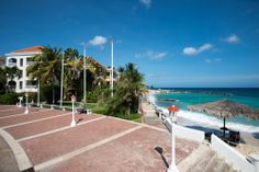 Tuesdays on Curacao.