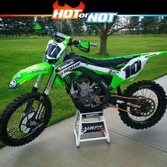 "145 Likes, 7 Comments - Motocross & enduro webshop (@v1mx) on Instagram: ""Hot or Not? Kawasaki kx450f of @robfox10 #hotornotmx #kawasaki #dunlop #motocross #kxf450 #kx450f…"""