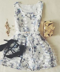 If lookin' really great in stunning dresses is your thing, we've got you covered.This dress is just the one that you want. Pick your favorite dress at OASAP. You won't be disappointed! Stunning Dresses, Beautiful Outfits, Cute Dresses, Summer Dresses, Moda Outfits, Cute Outfits, Oufits Casual, Chiffon Dress, Passion For Fashion