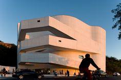 Galeria - Fundação Iberê Camargo: bases e variações / Álvaro Siza - 13