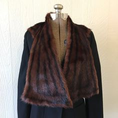 79d4e611ece Vintage 1950s Striped Mink Fur Cape Capelet Collar Stole