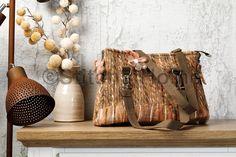 Tas van gestikte wol