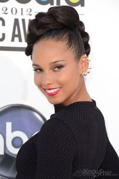 Alicia Keys arrives at the 2012 Billboard Music Awards. Many amazing photos are inside.