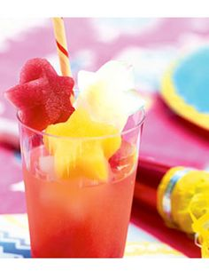 Non-Alcoholic Summer Drink Recipes - iced fruit punch    The juice is in the ice.