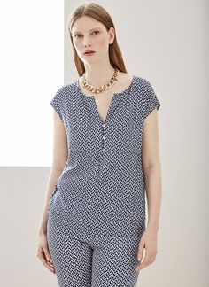 Image of Bow Printed Blouse