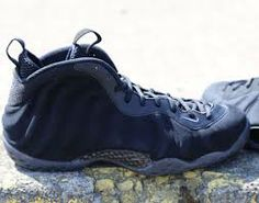 Cheap Nike Air Foamposites Black Suede Online http://www.blackonshoes.com/nike+air+foamposite