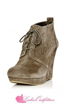This ankle boot wedge from Jessica Simpson proves that boots can be both functional and fashionable. A lovely oiled suede material elevates the wedge just enough to be worn with a casual dress, but is versatile enough to be dressed down with your favorite jeans, too!  Shop now: http://www.ladiesoutfitters.com/jessica-simpson-catcher.html  #ladiesoutfitters #newarrivals #JessicaSimspm #suedeboot #ankleboot #winterboot #winterfashion #holidaygiftidea