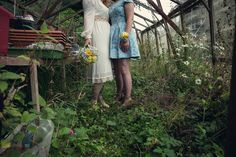 A £20 wedding dress for a vintage and retro inspired wedding at Yarner House in Exeter, Devon. Photography by Assassynation.