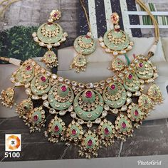 Designer Gold Plated Bollywood Style Jewelry Indian Kundan Bridal Necklace - H Sanghi - Indian Bridal Jewelry Sets, Indian Jewelry Earrings, Fancy Jewellery, Jewelry Design Earrings, Indian Jewellery Design, Stylish Jewelry, Fashion Jewelry, Gold Jewelry, Bridal Jewellery
