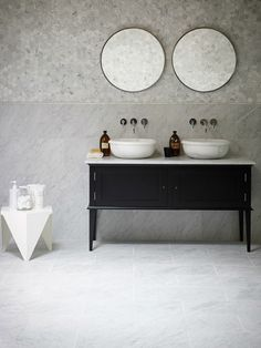 marble bathroom Natural stone tiles by Mandarin Stone - Hege in France