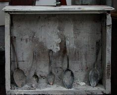 Yuri Kuper 5 spoons in a drawer