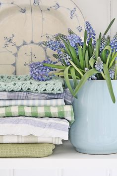 grape hyacinths and kitchen towels ~ http://vibekedesign.blogspot.no/