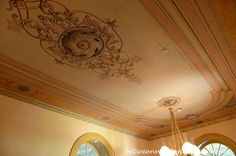 Beautiful Dining Room Ceiling in San Francisco Plantation, Garyville Louisiana_wm
