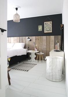 Bold panelling to bring style and design to a cosy bedroom space. Home Decor Bedroom, Living Room Interior, Bedroom Decor Design, Bedroom Colors, Home, Interior Design Living Room, Bedroom Styles, Home Decor, Trendy Bedroom