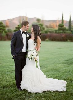 Natalie and Alexander's stunning Jewish wedding in California - complete with a gorgeous Vera Wang gown | Greg Finck Photography | Smashing The Glass