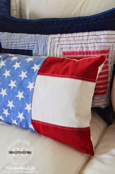 StoneGable: RED, WHITE AND BLUE SUMMER FAMILY ROOM---thinking I can do these with my pile of scraps