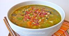 In questa stagione le zuppe, sono una vera coccola, questa che vi propongo oggi di orzo, è molto appagante. Zucchine e cavolo nero l...