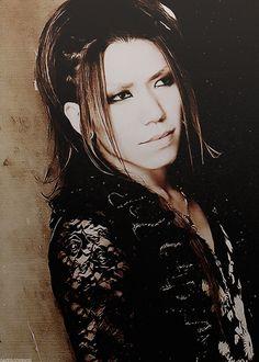 god is a beast Aoi The Gazette, A Beast, Visual Kei, Mona Lisa, Artwork, Work Of Art