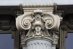 Capitel del Instituto Cervantes de Madrid