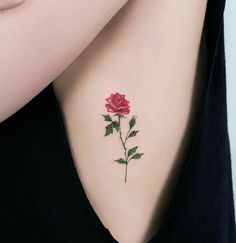 ▷ 1001 + Ideen und inspirierende Bilder zum Thema Rosen Tattoo here is one of our ideas for a great tattoo with a red rose with green leaves – idea for a tattoo for the ladies – roses tattoo template Tiny Rose Tattoos, Sun Tattoos, Tiny Tattoo, Great Tattoos, Body Art Tattoos, Zodiac Tattoos, Bird Tattoos, Tatoos, 3d Rose Tattoo