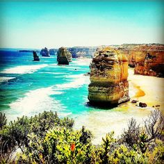 12 Apostels ( Great Ocean Road Australia ) #australia #victoria #greatoceanroad #great #ocean #road #12apostles #apostels #beach #summer #sun #beautiful #day #water #vacation #travel #jandennis_ontour #backpacking #amazing #holiday #love #awesome #nature #naturepic #bestoftheday #instagood by jan_dennis_travel