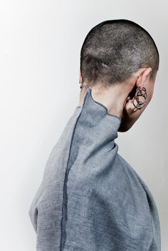 altrove I inside-out shirt   buzzcut babe  I love this photograph so much, I am pinning it to three boards.