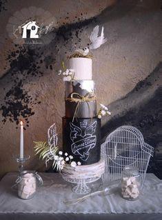 Rural wedding cake - Cake by Daniel Diéguez White And Gold Wedding Cake, Black Wedding Cakes, Amazing Wedding Cakes, Amazing Cakes, White Gold, Gorgeous Cakes, Pretty Cakes, Chalkboard Cake, Fondant Cake Designs